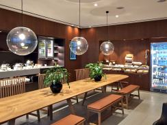 cathay-pacific-lounge-the-sumptious-spread-in-the-food-halll